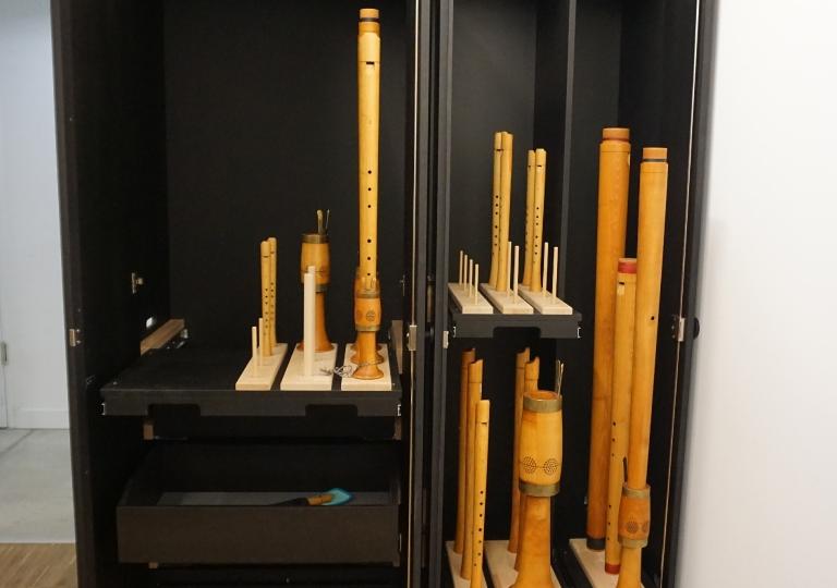 Flötenschrank
